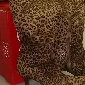 IMPO CHEETAH SUEDY STRETCH BOOTS